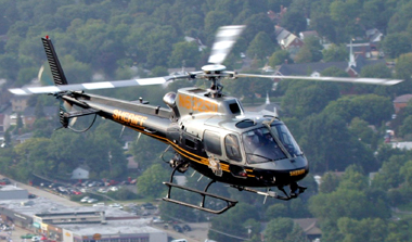 AS350B - Oakland County Sheriff (Michigan) - Click to visit.